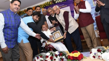 GLORY OF GUJARAT 2018 Award by Governor of Gujarat O.P.Kohli